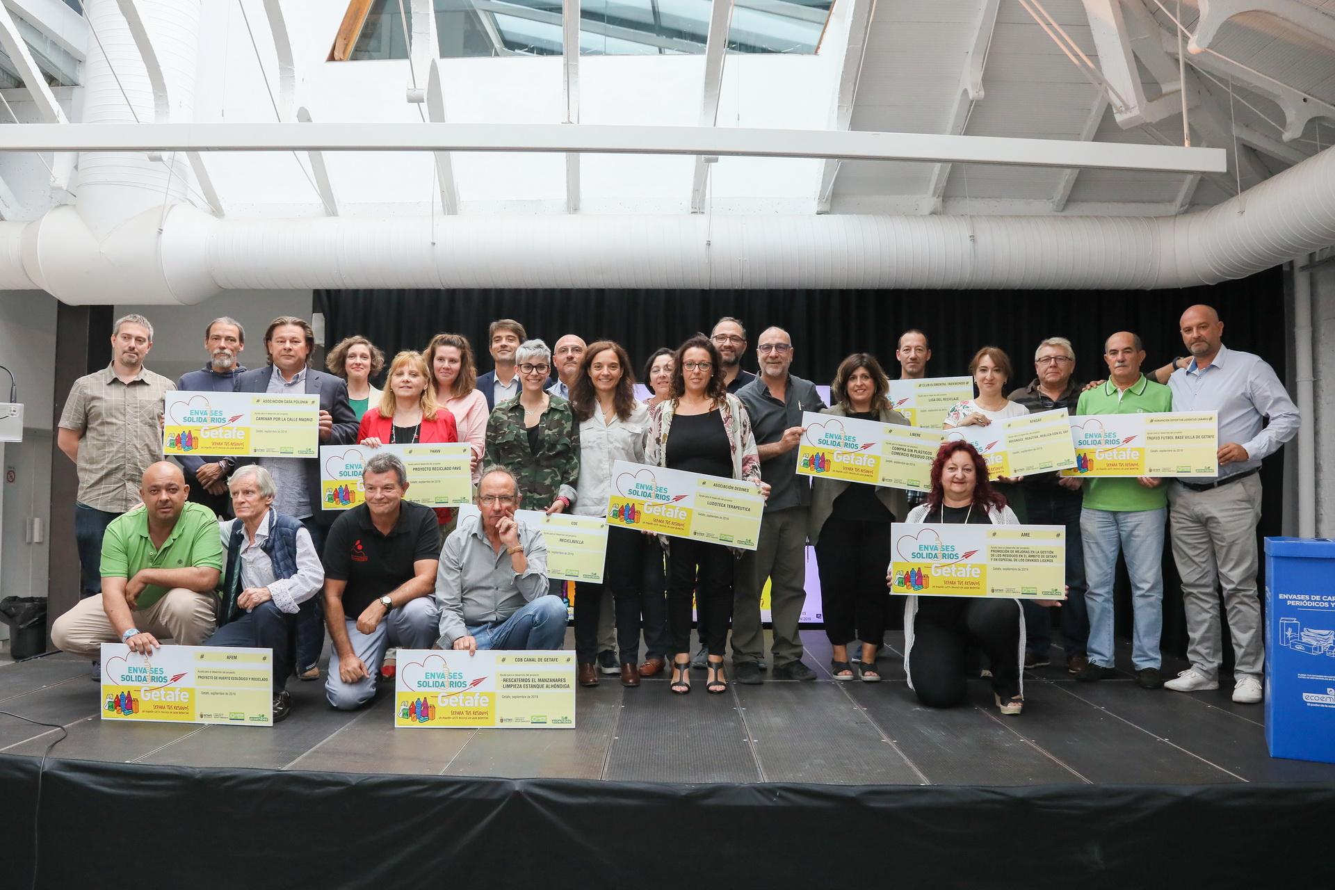 Lyma entrega 39.000 euros para 14 proyectos de asociaciones participantes en el programa 'envases solidarios'